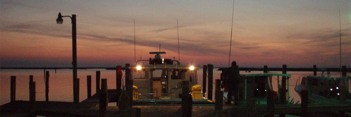 Boat-at-night_spanky's_slider_1